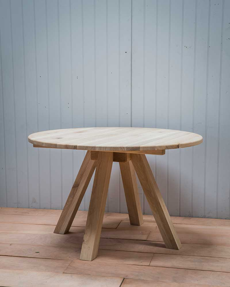Round Hambledon Dining Table Fuoa21 Without Chairs