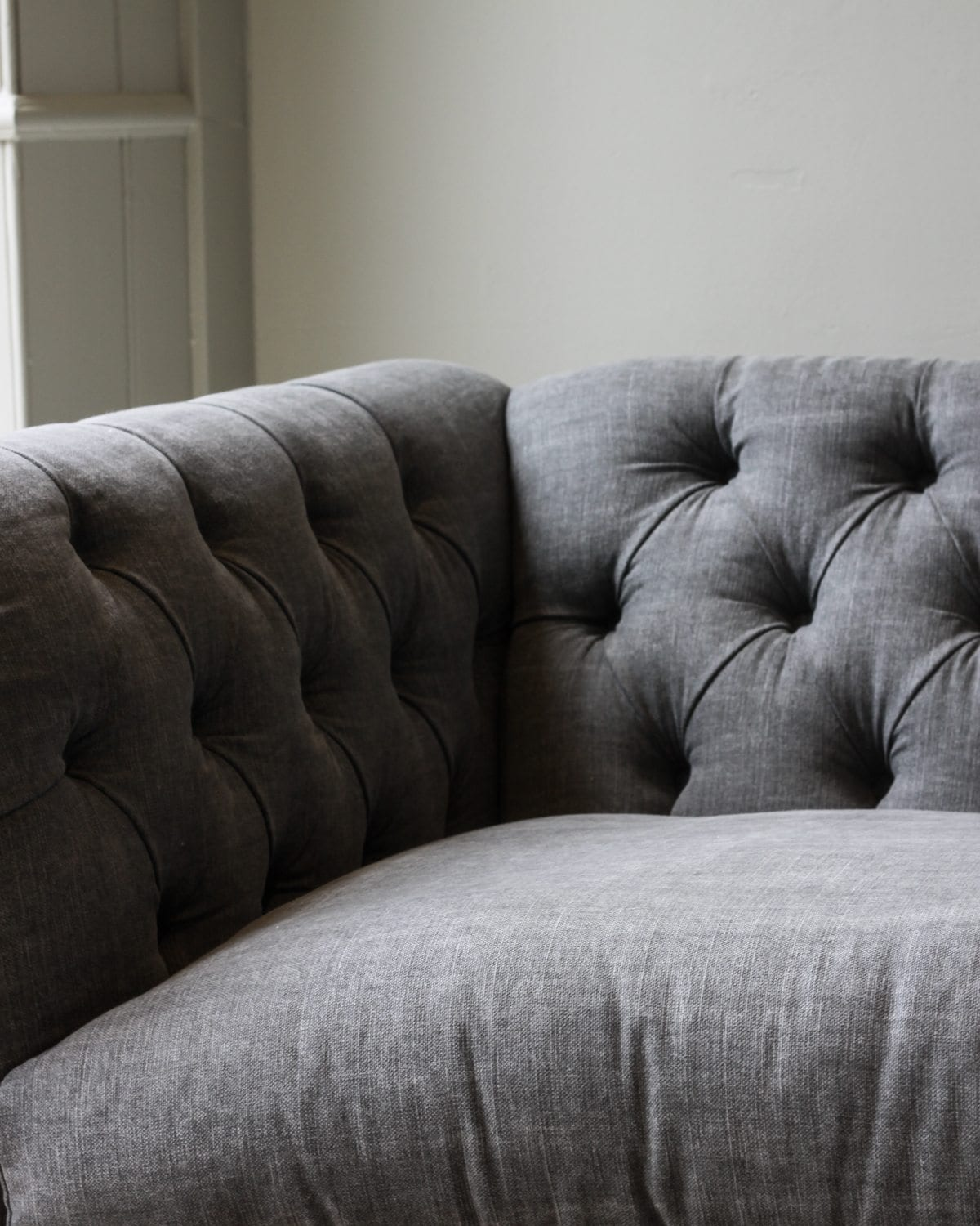 Antwerp Button Back Sofa Grand