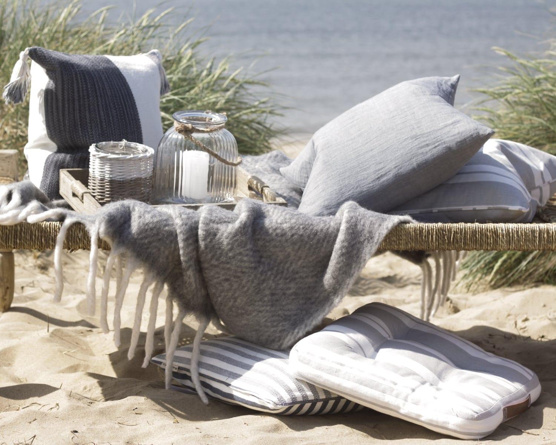 Coastal Style Interior Design Ideas