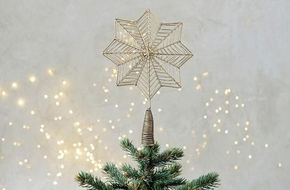 christmas-tree-star-willow-lifestyle